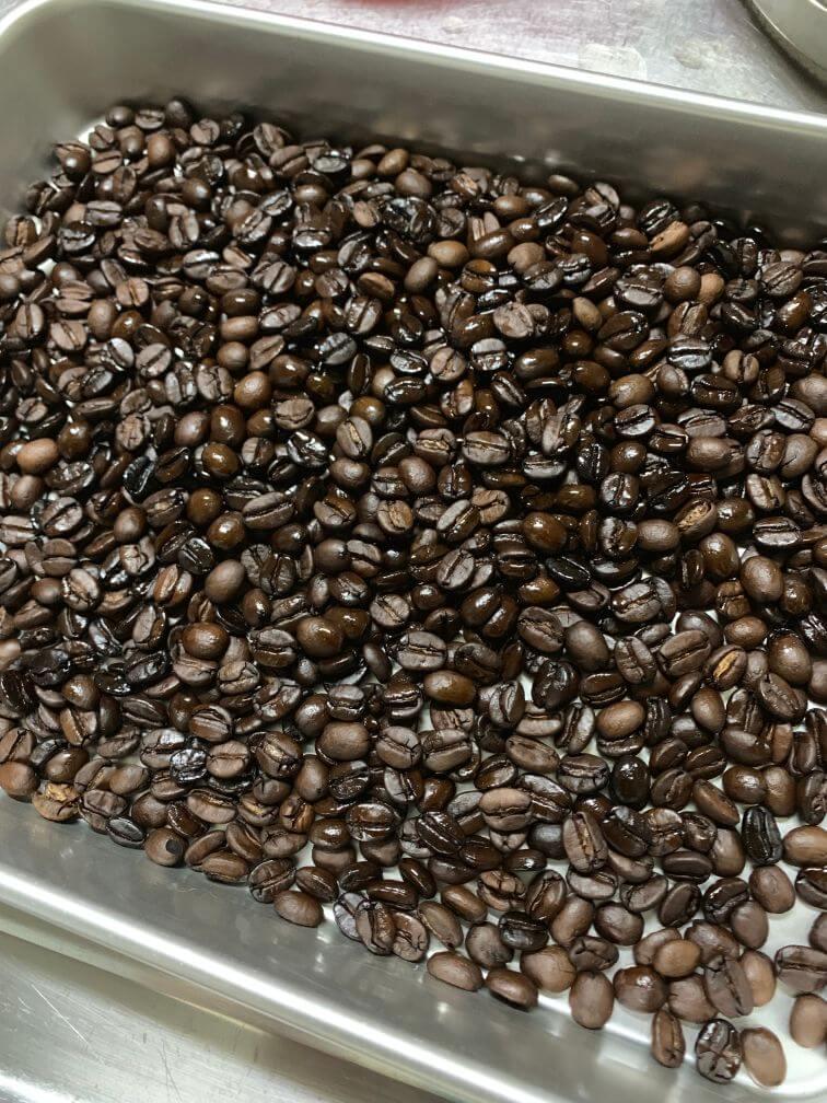 コーヒー焙煎 焙煎後の豆
