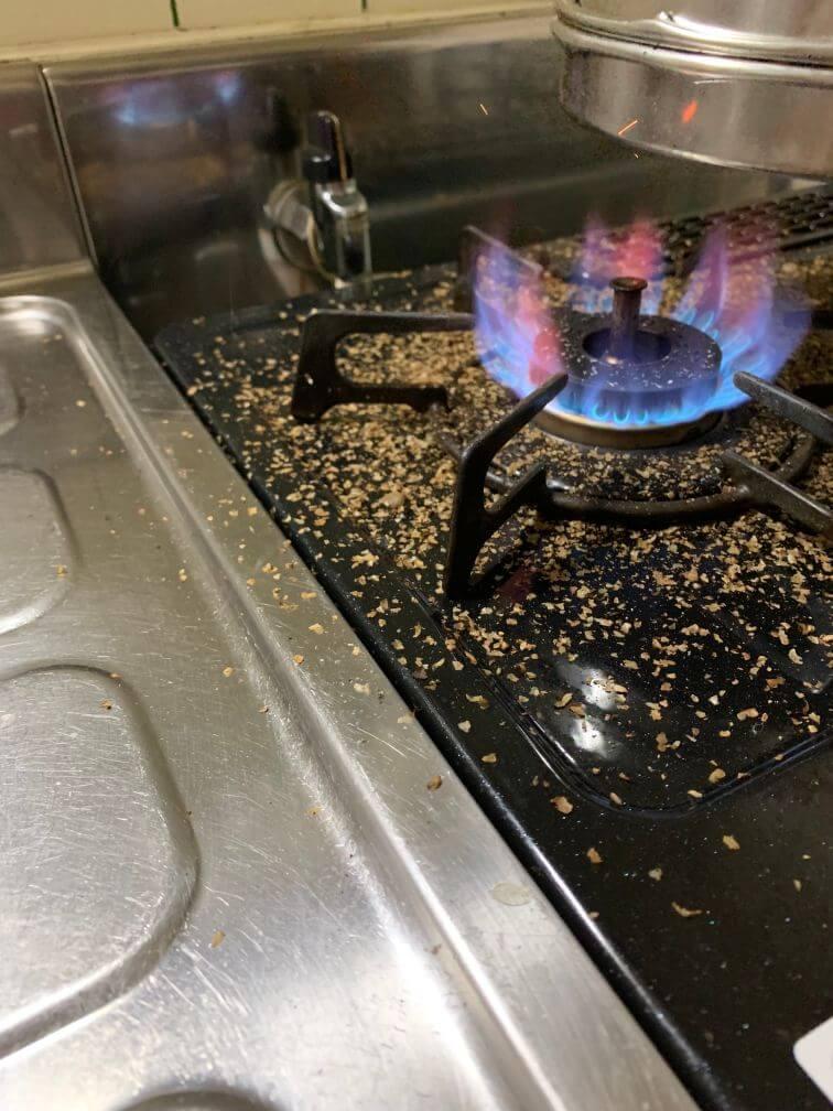 コーヒー焙煎 火と網の距離